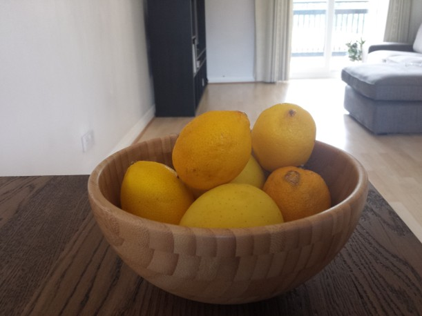 A Bowl with 9 Lemons (o quasi)